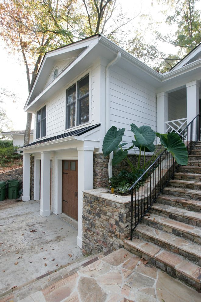 Split Level Curb Appeal | How to add character and architectural interest to the exterior of a split level home