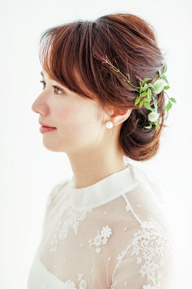 花嫁ヘアスタイル カタログ 生花を使ったヘア編 ウエディング 25ans ヴァンサンカン オンライン ウェディング