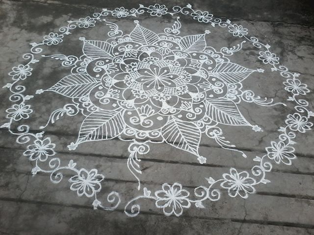 Freehand circle kolam by Thanmal Munagala