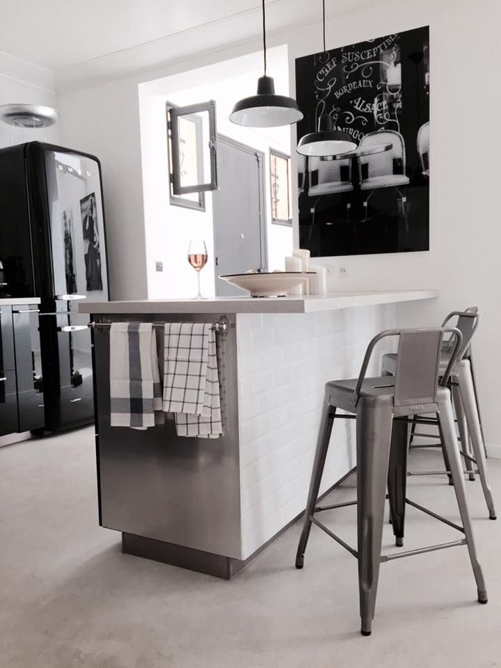 My home in Paris, kitchen, black&white, industrial, bistro, french