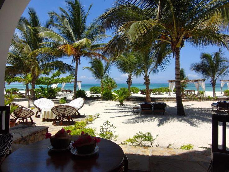 €378 Het Next Paradise Boutique Resort ligt op een beschutte locatie aan een koraalrif. Het ligt aan een wit zandstrand dat wordt omgeven door palmbomen.