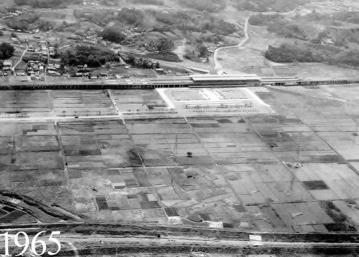 昭和40年6月2日、新幹線開通1年後の新横浜駅。想像を絶する田舎振りである。横浜市民は「こんなところに駅作ってどうするの?」と噂していたという。