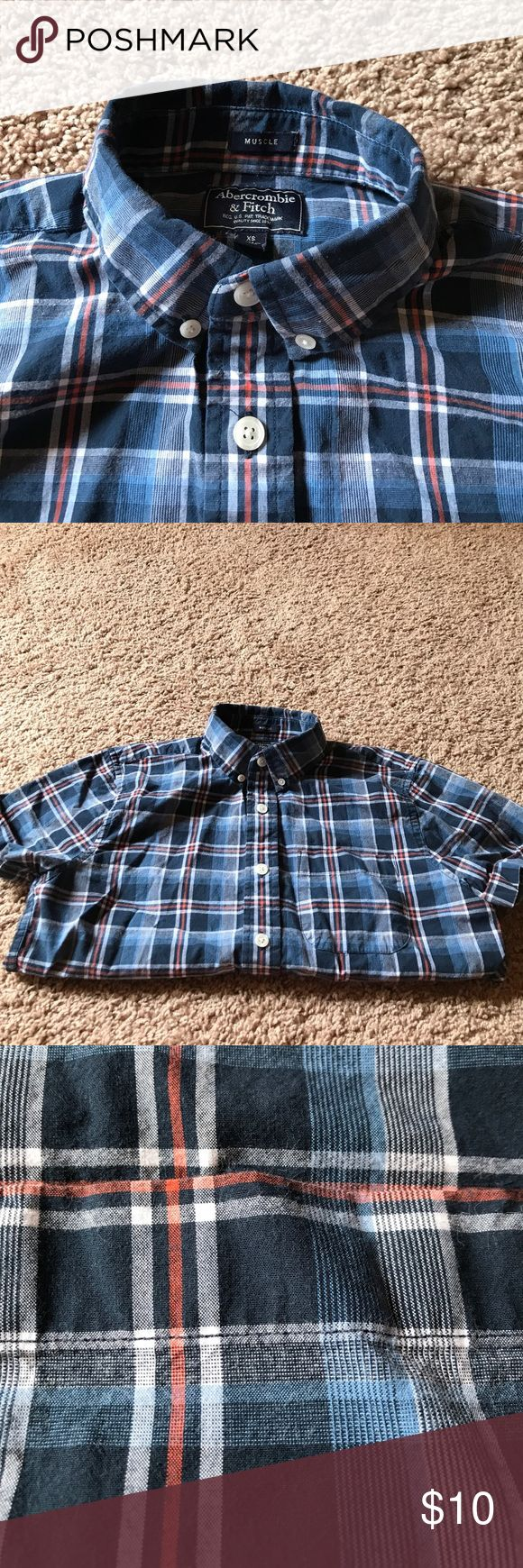 Abercrombie plaid short sleeve shirt Good looking shirt! Abercrombie & Fitch Shirts Casual Button Down Shirts