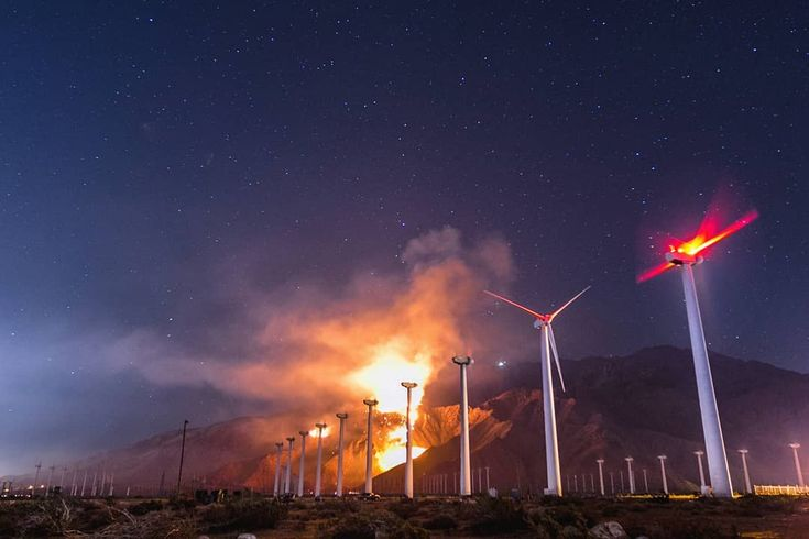 The first #wildfire I ever shot quite by accident at the #windfarm near #palmsprings in 2011. I was still in school and had convinced my classmate Chad who was following me around with a video camera to take me out to the #SaltonSea because I couldn't afford the gas to get out there myself. Chad said he was going to make a documentary about me and dutifully followed me around for six months but nothing ever came of it (except amazing adventures). Fortunately the footage is around here…