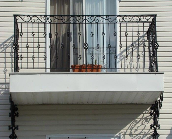 Get a Catchy Balcony Using These 60 Best Railings Designs ... Spiral-Wrought-Iron-Balcony-Railings └▶ └▶ http://www.pouted.com/?p=24155
