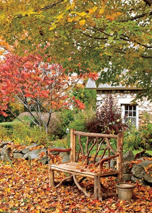 A handmade bench to enjoy the garden.: Wooden Benches, Fall Leaves, Autumn Gardens, Autumn Leaves, Beautiful, Trees Branches, Autumn Colors, Places, Gardens Benches
