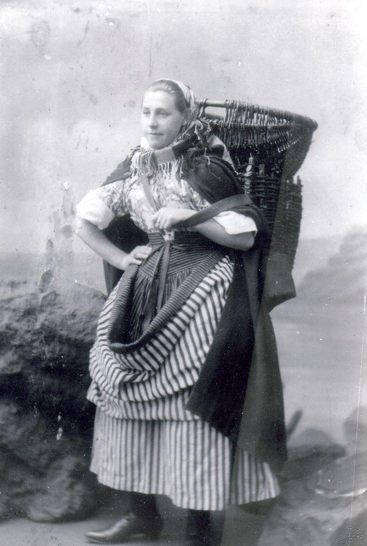 White apron edinburgh - Edinburgh Collected Memories
