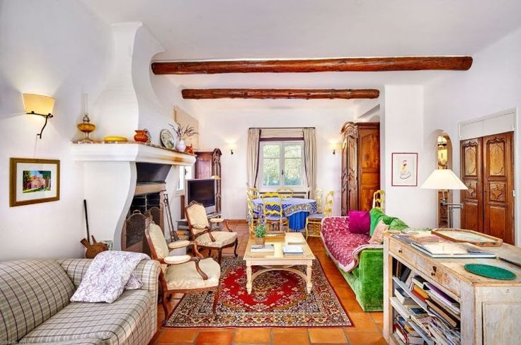 Famous Chef Julia Child's French Country Home Is For Sale - elledecor.com