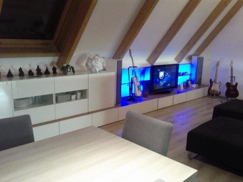Ikea besta - opstelling onder schuin dak