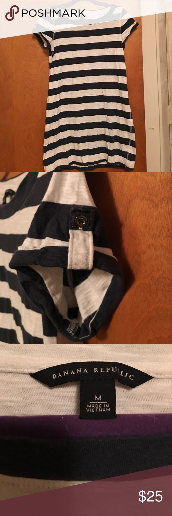 Banana Republic Nautical Tee Shirt Dress Comfortable navy and ivory stripe tee shirt dress!!! It is above the knee!! Only been worn a few times!! Great condition!! Banana Republic Dresses Mini