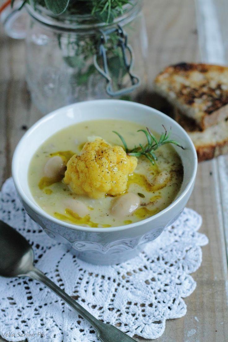 Ilmiciosazio: Zuppa di cavolfiore arancione, orzo e fagioli.