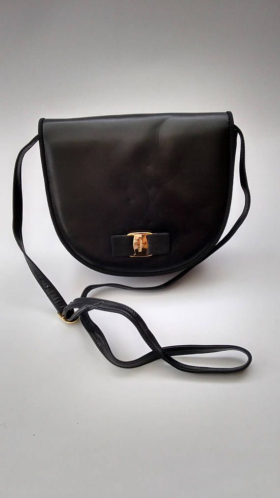 353425bd3a Sale FERRAGAMO Salvatore Ferragamo Vintage Black Leather Crossbody Clutch