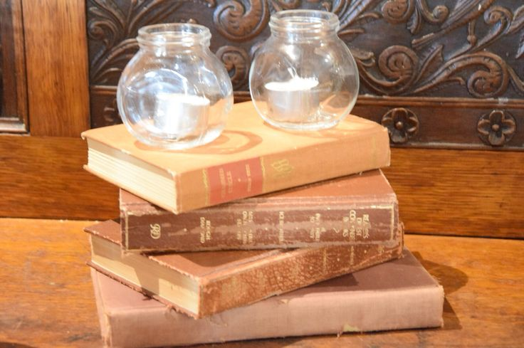 #rustic #shabby #chic #books #wedding #weddinginspo #candles #styling #reception