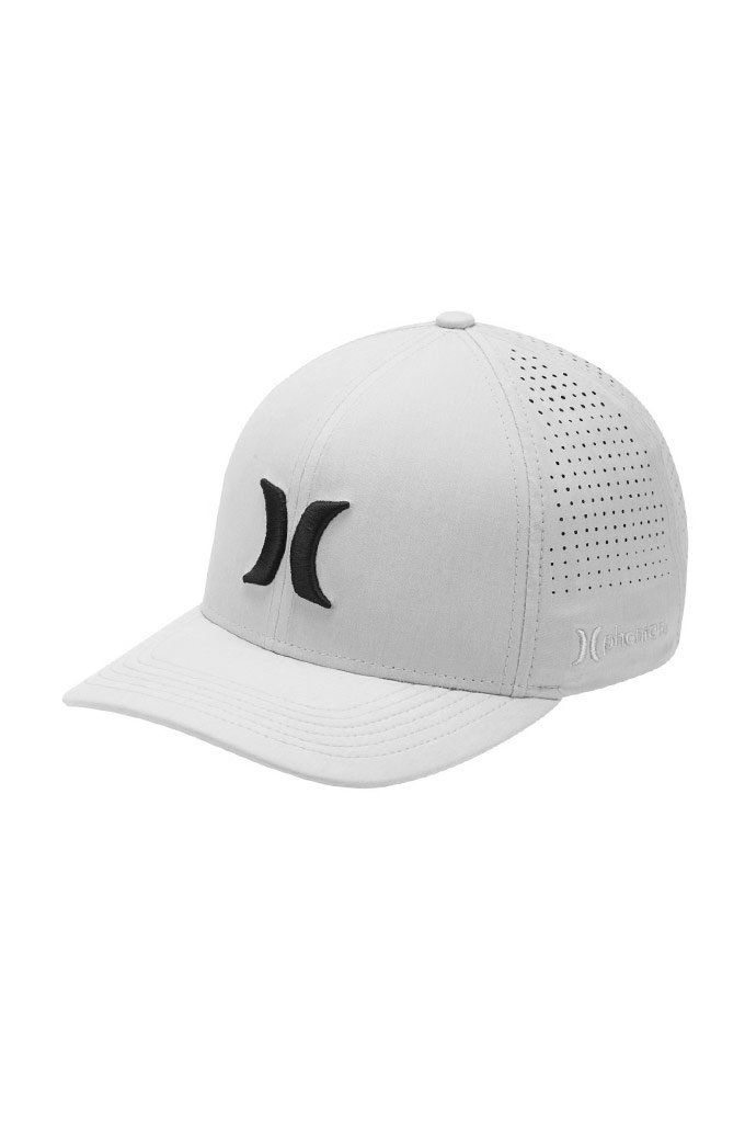 finest selection 2ce6e 9a179 The Hurley Phantom Vapor 3.0 Men s Fitted Hat features a comfortable  Flexfit design and lightweight, recycled fabric to help keep you cool, ...