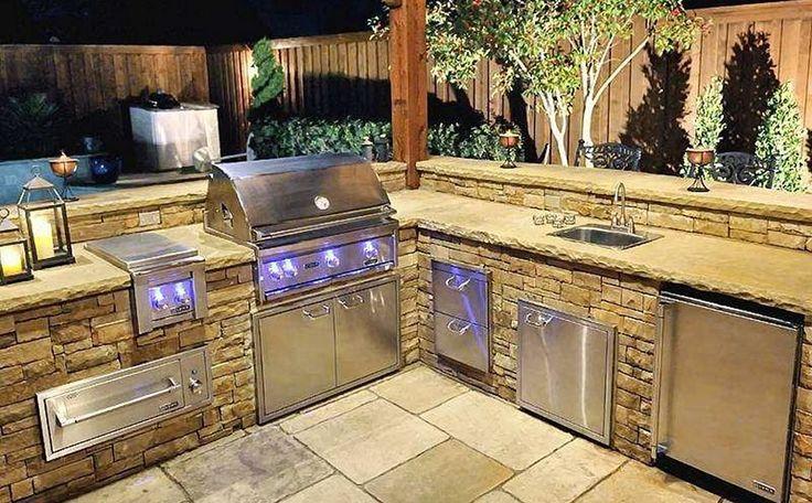 Custom BBQ Grills Texas Pool Finders & Outdoors For Custom BBQ Grills Would love an outdoor kitchen! #PinMyDreamBackyard