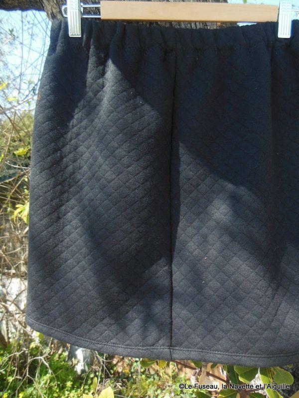 17 meilleures id es propos de patron jupe droite sur pinterest diy jupe droite diy robe - Patron couture jupe droite ...