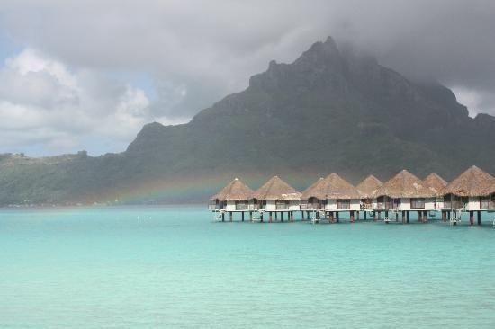 Bora Bora, French Polynesia: wake up to a rainbow