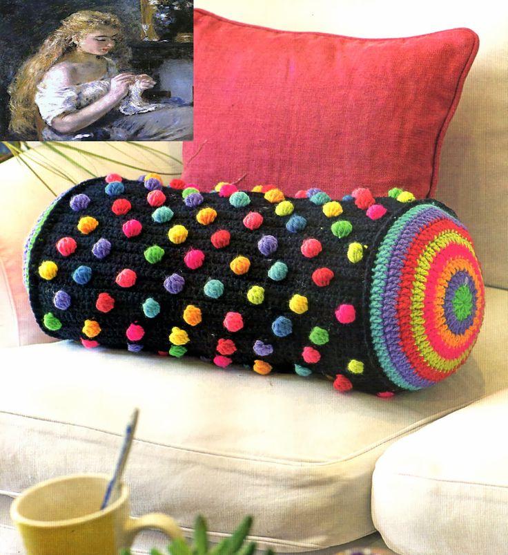 tejidos artesanales: almohadon cilindrico tejido en crochet