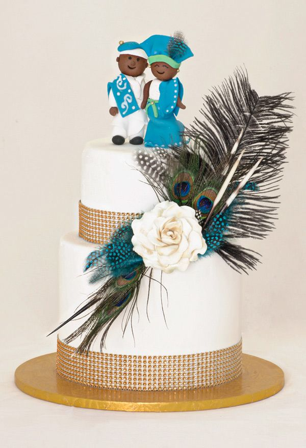 La Moraine Cake Boutique With Images Wedding Cake Toppers