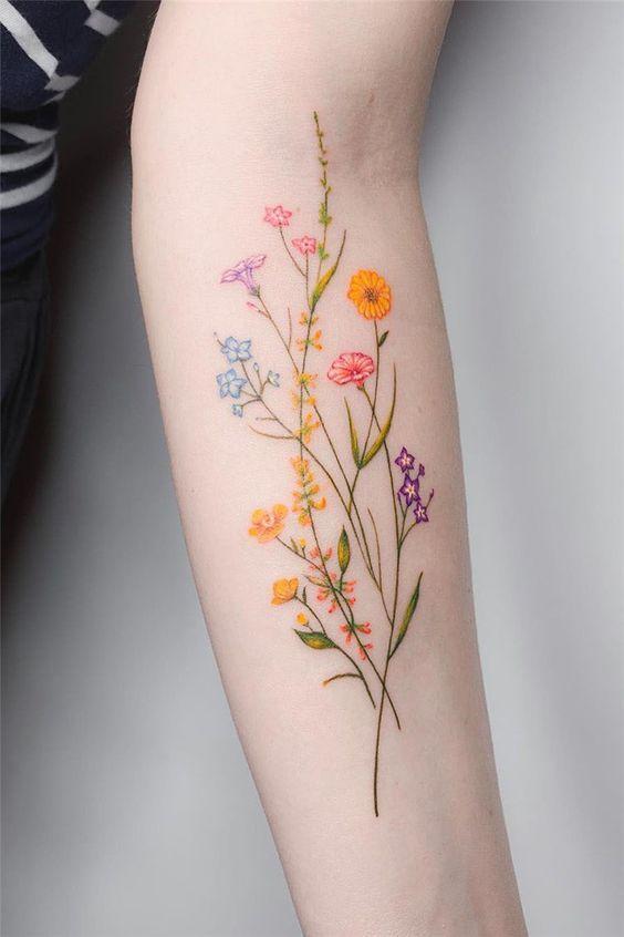 Tatouage de fleurs 4o inspirant, quel est le tatouage, soyez prudent lorsque vous tatouez …