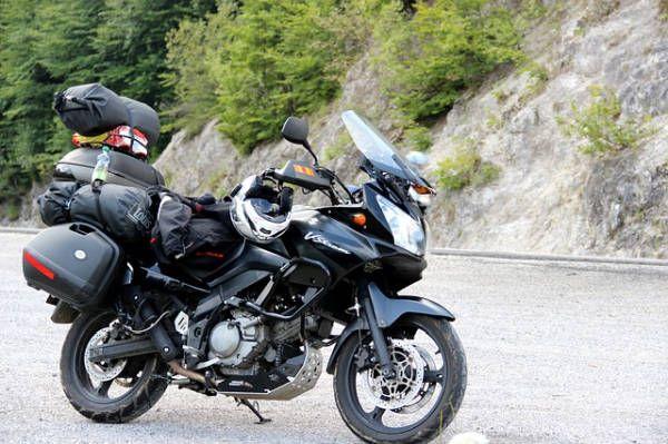 Gli attrezzi indispensabili per il kit da viaggio in moto, super compatti e leggeri. Sei pronto per la tua prossima avventura centauro?