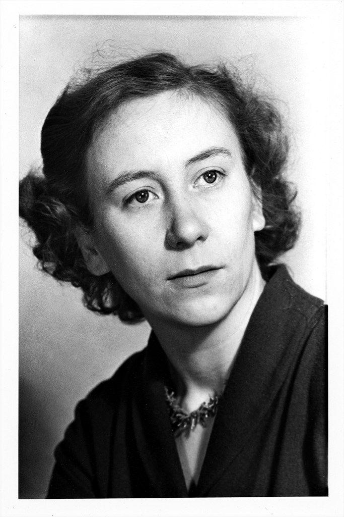 Lastenkirjailija Kirsi Kunnas (1924-).
