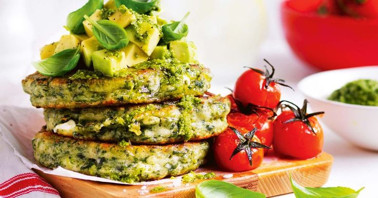 For a gourmet finish, top these tasty spinach and fetta fritters with diced avocado and a drizzle of basil pesto.