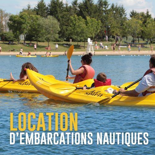 Au parc Jean-Drapeau on peut louer des embarcations nautiques tels que pédalos, canots, kayaks et mayaks et naviguer entre la Plage et le Casino de Montréal.