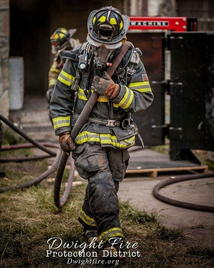 FEATURED POST @second.alarm.fire.photography - . . TAG A FRIEND! http://ift.tt/2aftxS9 . Facebook- chiefmiller1 Periscope -chief_miller Tumbr- chief-miller Twitter - chief_miller YouTube- chief miller Use #chiefmiller in your post! . #firetruck #firedepartment #fireman #firefighters #ems #kcco #flashover #firefighting #paramedic #firehouse #firstresponders #firedept #feuerwehr #crossfit #brandweer #pompier #medic #firerescue #ambulance #emergency #bomberos #Feuerwehrmann #firefighters #