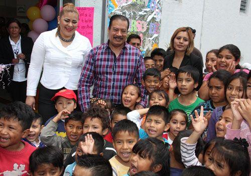 Alcalde y presidenta del DIF de Zacatelco inician cursos de verano 2015