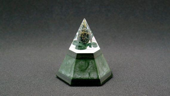 Hexagonal orgonite pyramid - Eldarite Jasper