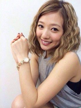 伊藤千晃(AAA)│MiCOAMERiの腕時計コーディネート