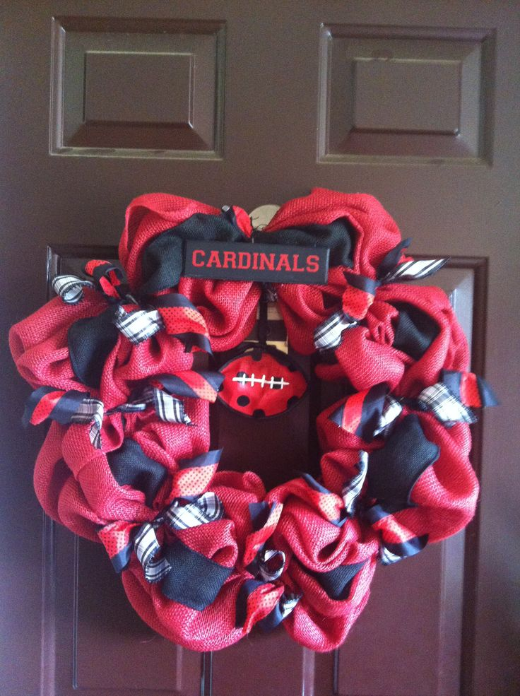 U of L football wreath