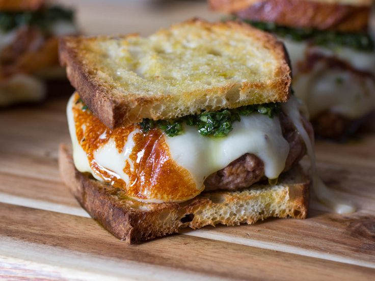 The Asado Burger: All the Flavors of the Argentine Grill, on Bread