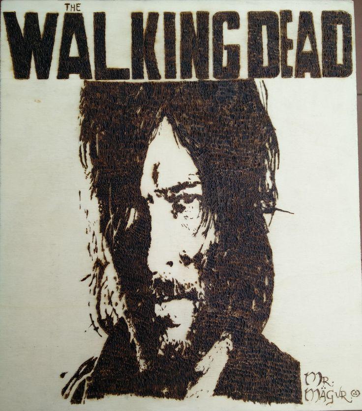 Daryl Dixon/ The Walking Dead  Pirografia su legno  L:31 x H:35,5 prezzo: 18 euro  Pyrography on wooden tablet,  dimensions : Lenght 31 x Height 35,5 centimeters. Price 18 euro