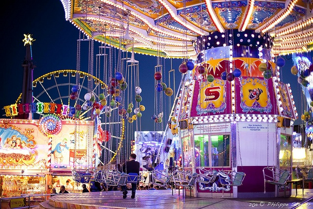 Yet another beautiful picture of the Schueberfouer - Every year a summer highlight in Luxembourg! :)