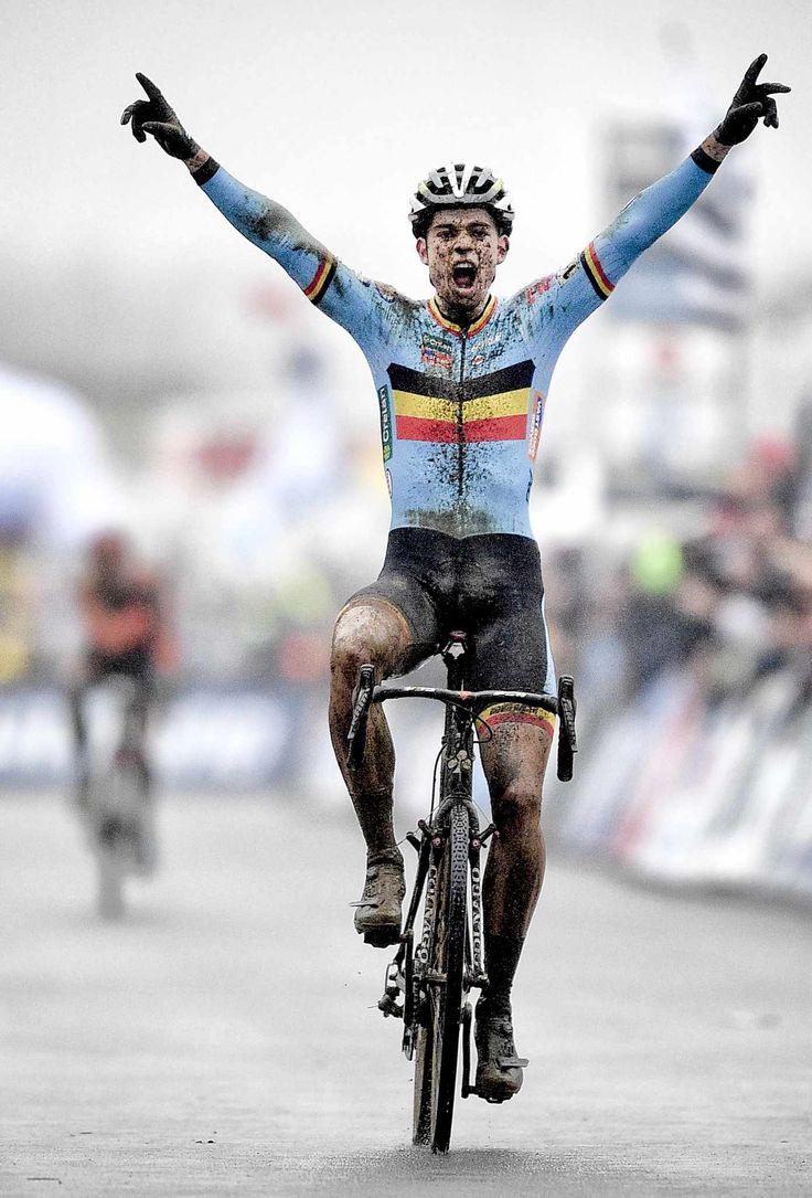 Wout Van Aert wereldkampioen cyclocross te Zolder!