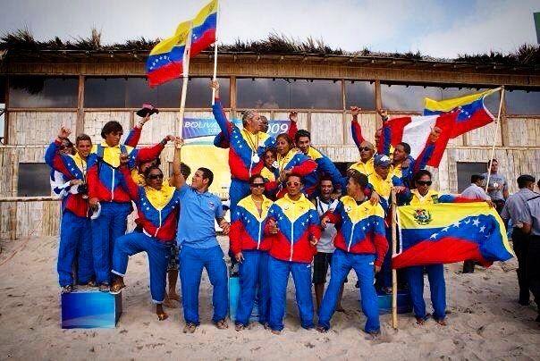 Súper #tbt en los juegos bolivarianos 2009 playa la fae Salinas, Ecuador. Donde la mejor selección de Venezuela 🇻🇪 quedó campeón!! #venezuela #surf #surfing #juegosbolivarianos2009 #beach #lasfae #salinas #ecuador 🇻🇪🇻🇪🇻🇪🇻🇪 #montereylocals #salinaslocals- posted by 🌴kervin Blanchard🌴 https://www.instagram.com/kevinblanchard_vzla - See more of Salinas, CA at http://salinaslocals.com