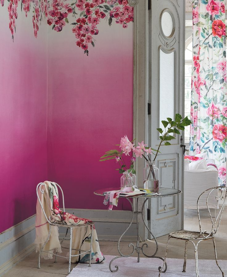 Designers Guild Trailing Rose ombre wallpaper-I love the ombre effect on this wallpaper and how it compliments the motif across the top