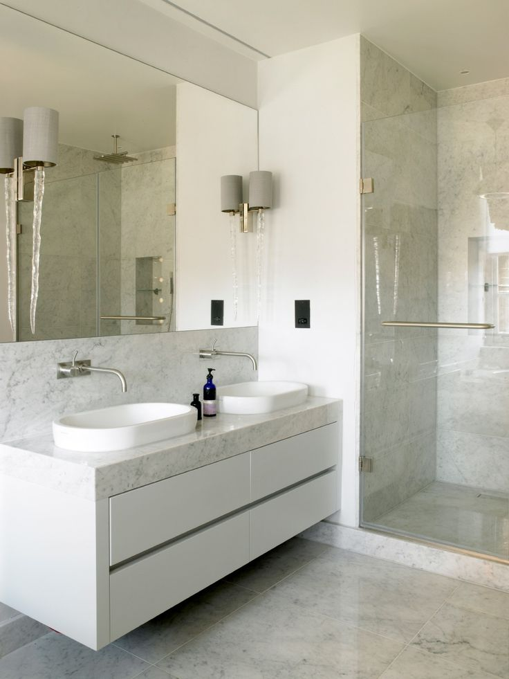 17 best images about hamptons ensuite on pinterest for Bachelor bathroom ideas