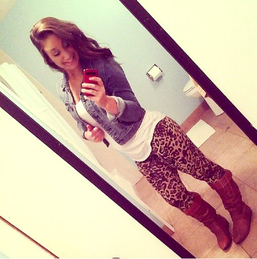Cheetah Leggings <3. wish I could find mine   :(. love them!