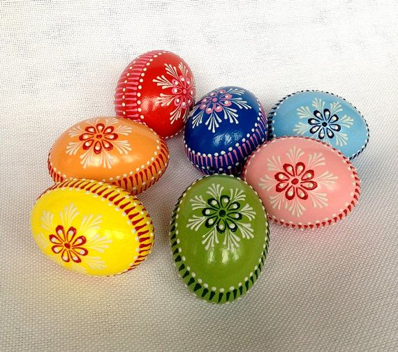 Set of 7 Hand Decorated Colours Painted Chicken Easter Egg, Traditional Slavic Wax Pinhead Chicken Egg, Kraslice, Pysanka
