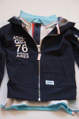 lot en Lynn Lifestyle  Vest Maurice blue nights is uit de zomer collectie 2014 van #Quapi #Kidswear. Dit gave vest voor jongens leent zich uitstekend voor de wat koudere zomerdagen of avonden. Het vest kan mooi gecombineerd worden met een polo of shirt van Quapi Kidswear.   www.lotenlynn.nl