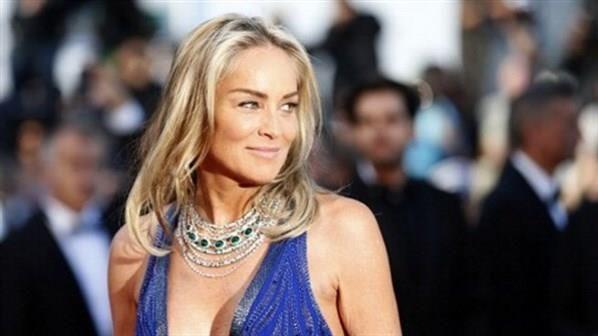 Haberin Ola! | Sharon Stone felç geçirdi - 'Temel İçgüdü' filmi ile dünya çapında tanınan Sharon Stone'un felç geçirdiği iddia ediliyor.