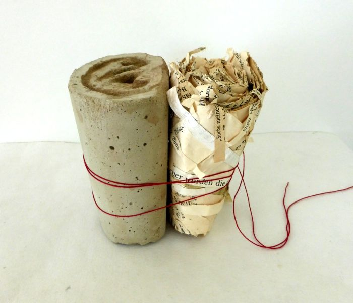 shape of listening. concrete, stories, red thread. Ines Seidel