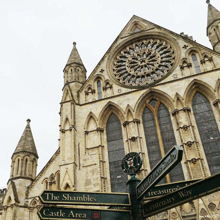 4x doen in York, Engeland