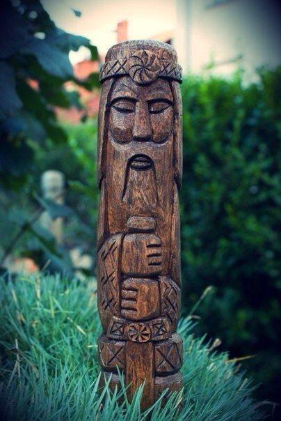 Haida Mask Carving 47