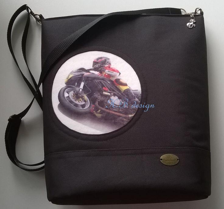 okénko s motorkou