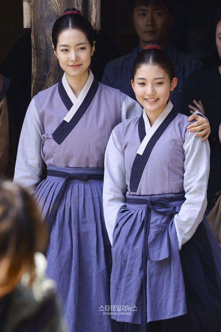 The Flower in Prison (Hangul: 옥중화; RR: Okjunghwa; MR: Okchunghwa) is a South Korean television series starring Jin Se-yeon, Go Soo, Kim Mi-sook, Jung Joon-ho and Park Joo-mi.  It airs on MBC  for 50 episodes. 옥녀 진세연 정다빈