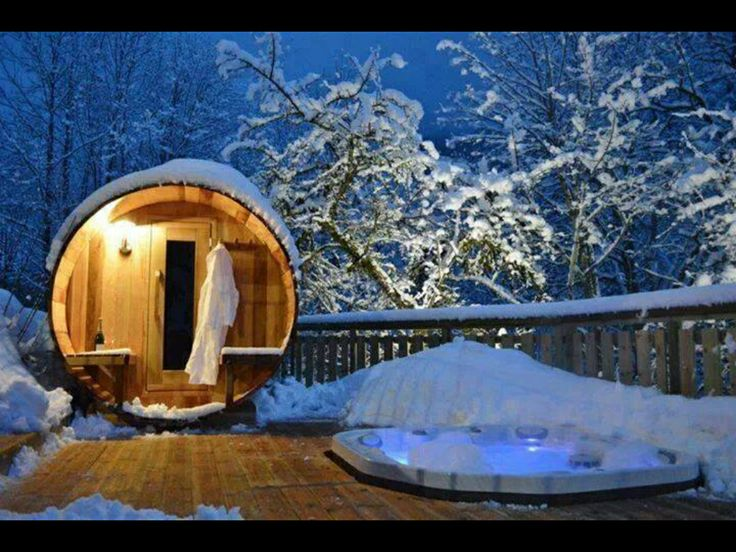 sauna erst saunieren und dann ab in den schnee. Black Bedroom Furniture Sets. Home Design Ideas